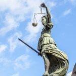Uitkeringstoerisme door EU burgers aldus het Hof aan strikte voorwaarden verbonden